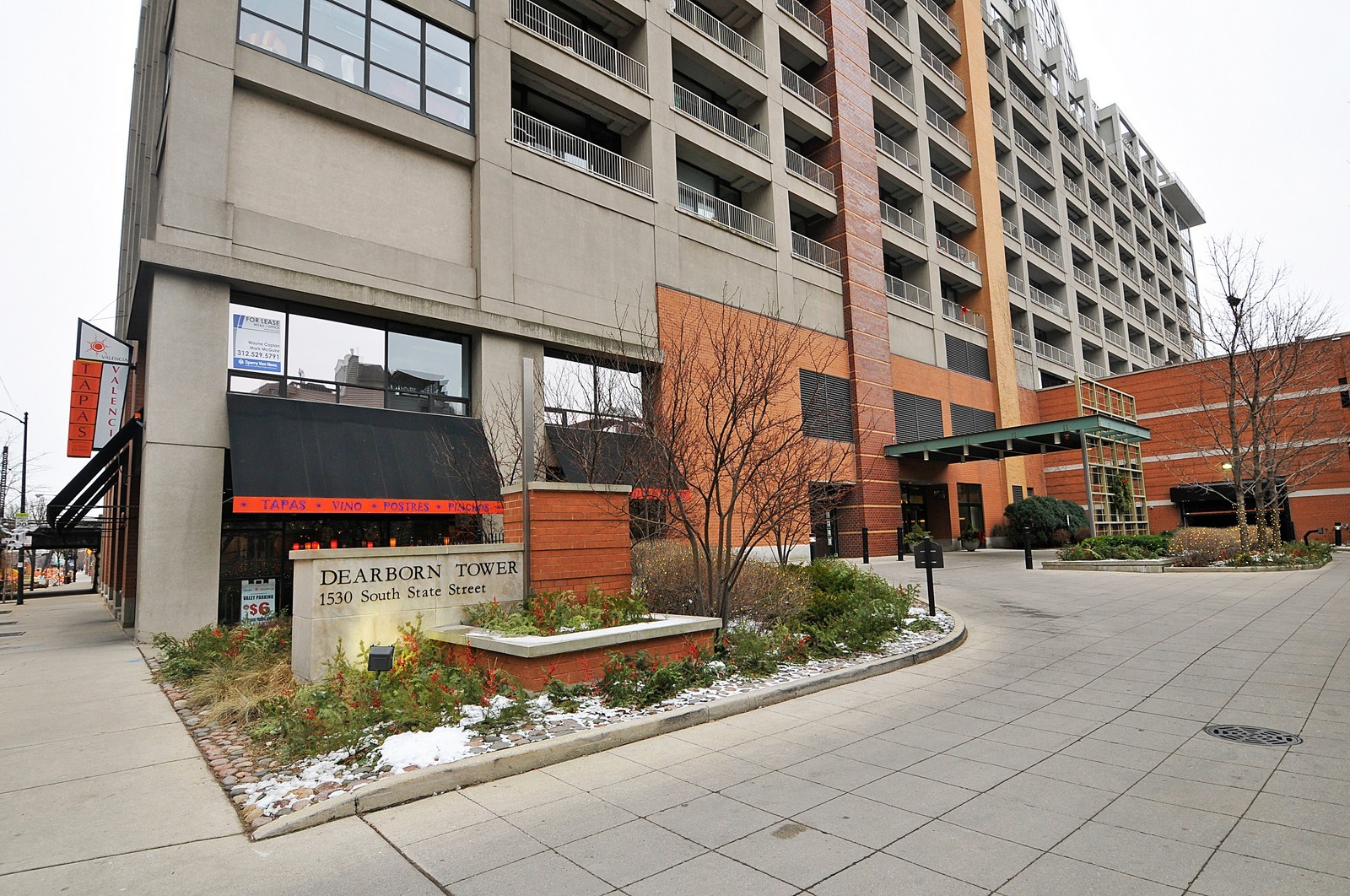 Real Estate Photography - 1530 S State, 1009, Chicago, IL, 60605 - Front View