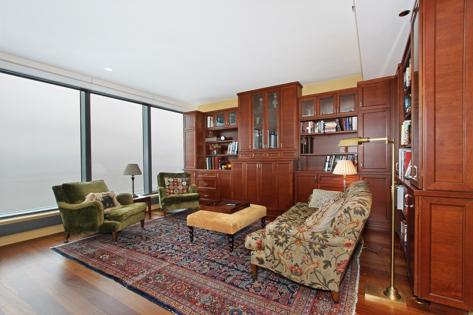 Real Estate Photography - 60 E Monroe, 6501, Chicago, IL, 60603 - Living Room