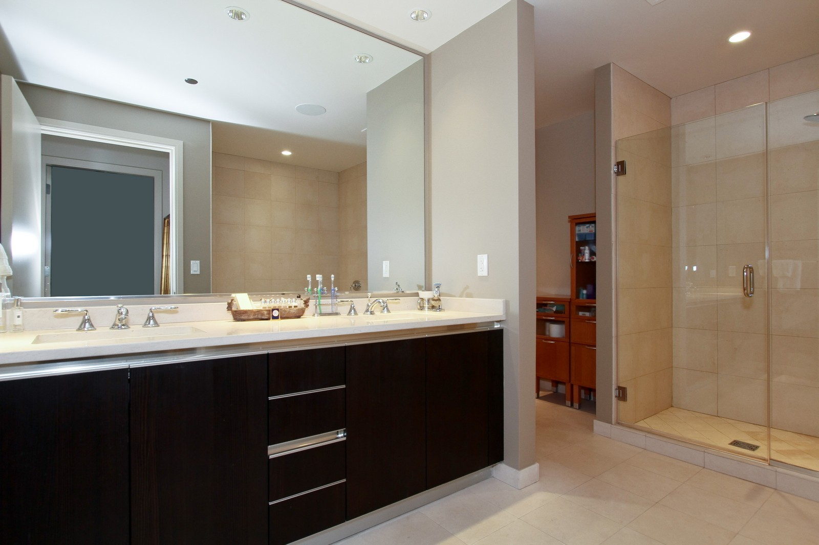 Real Estate Photography - 60 E Monroe, 6501, Chicago, IL, 60603 - Master Bathroom