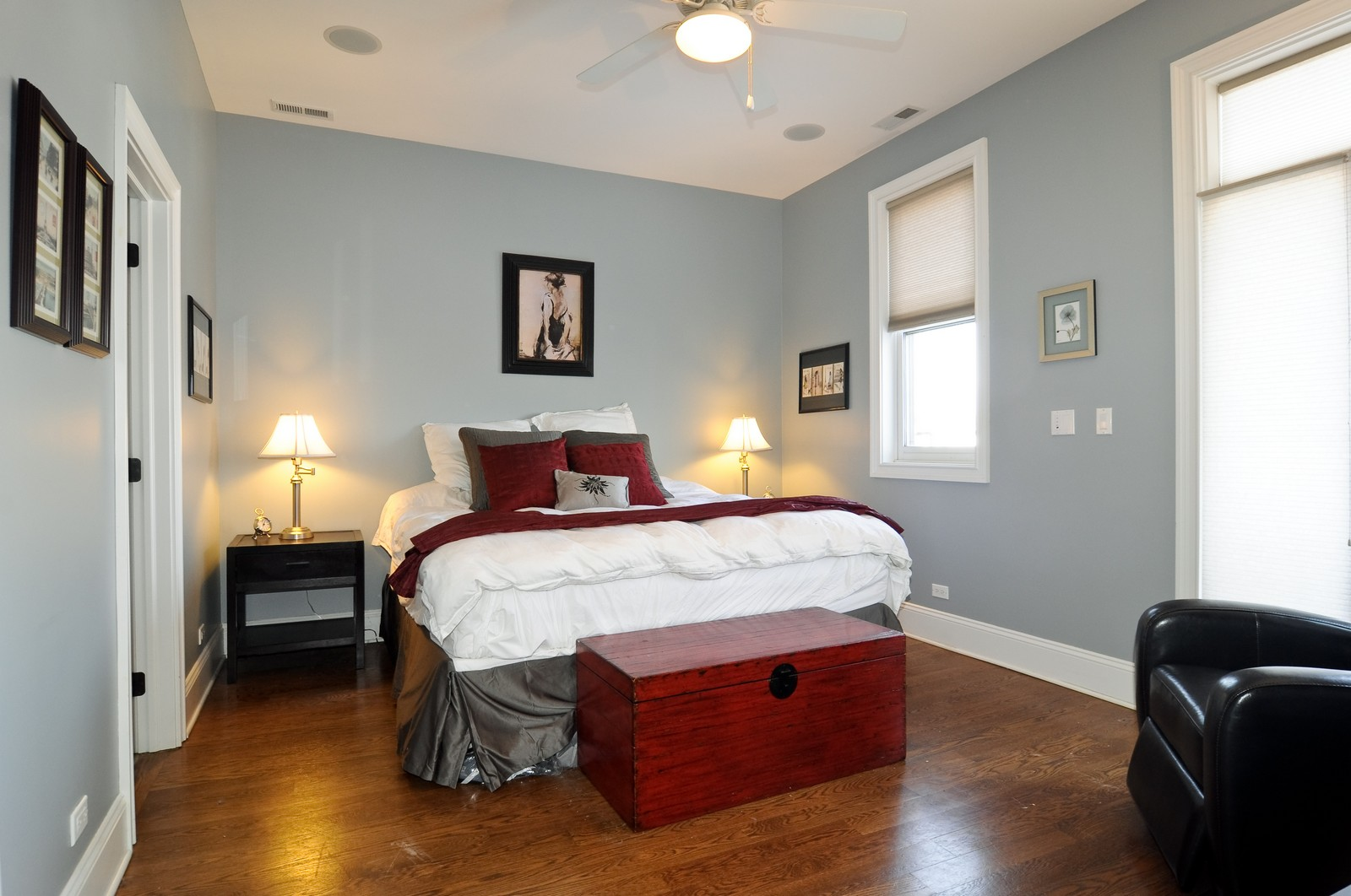 Real Estate Photography - 648 W. Wellington St., 4, Chicago, IL, 60657 - Master Bedroom