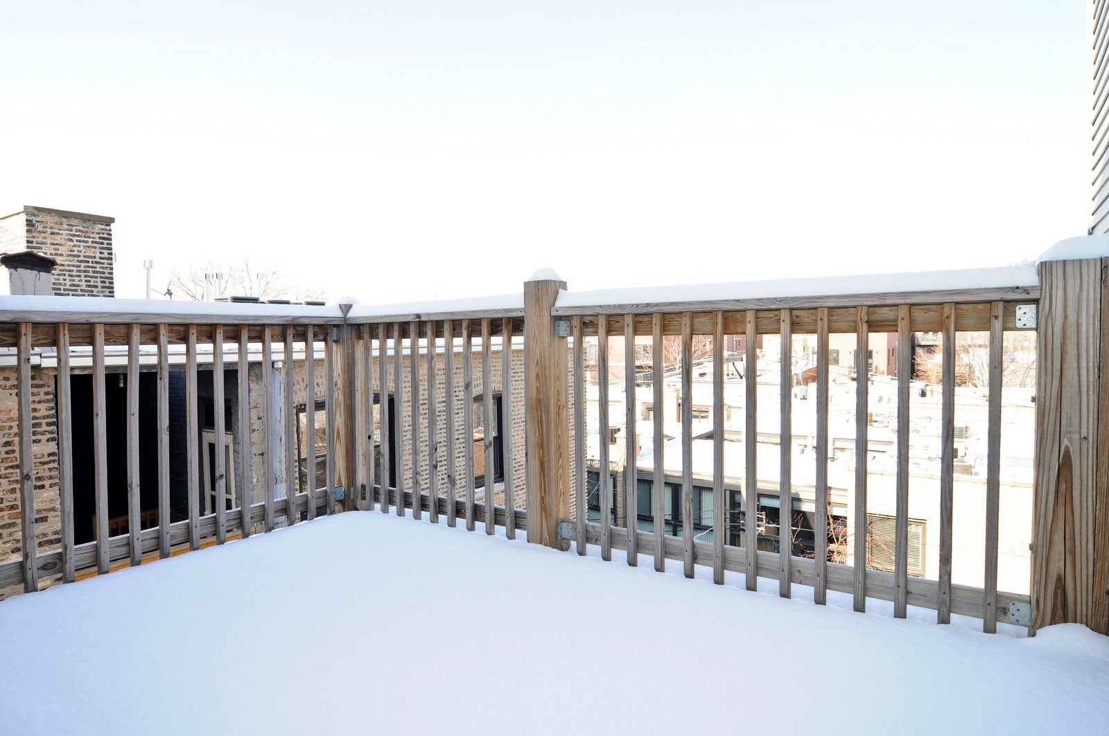 Real Estate Photography - 648 W. Wellington St., 4, Chicago, IL, 60657 - Deck