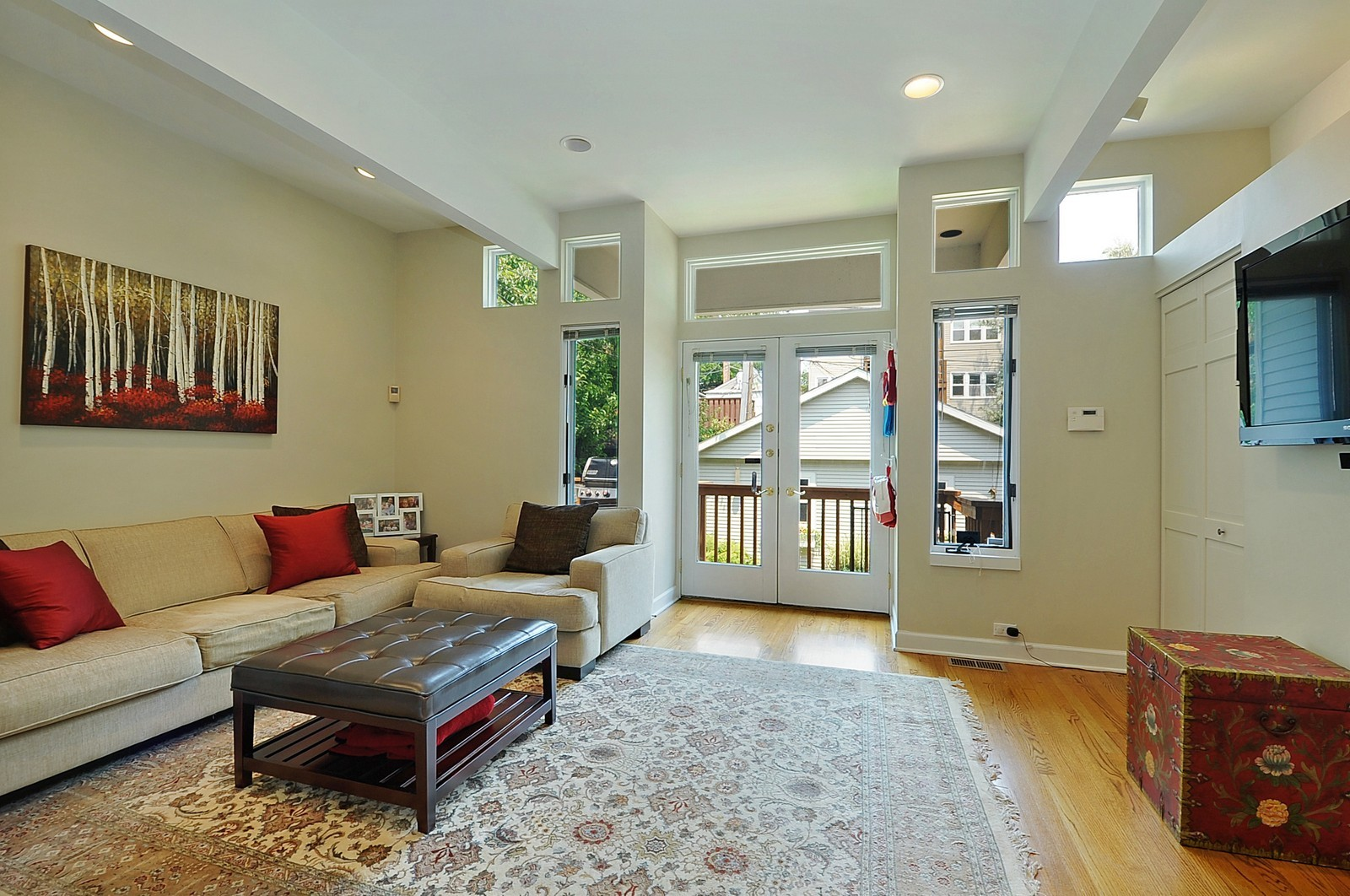 Real Estate Photography - 1144 W. Altgeld, Chicago, IL, 60614 - Family Room