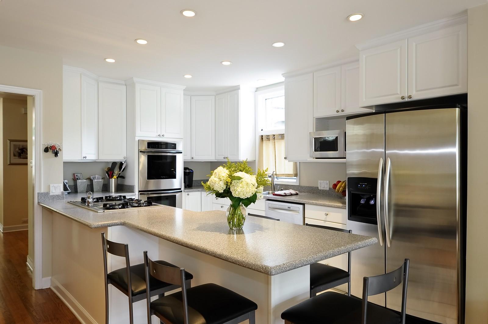 Real Estate Photography - 1144 W. Altgeld, Chicago, IL, 60614 - Kitchen