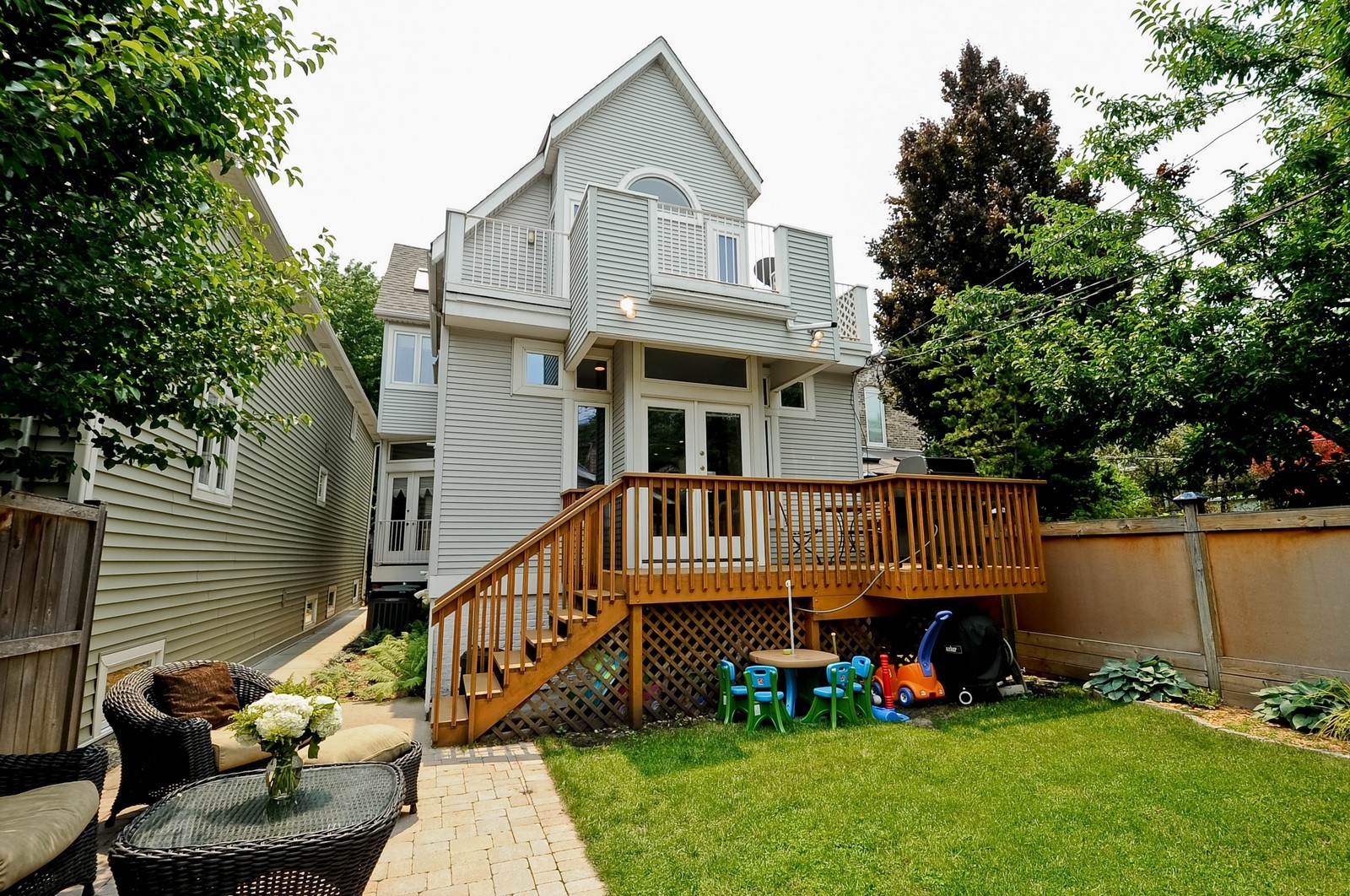 Real Estate Photography - 1144 W. Altgeld, Chicago, IL, 60614 - Rear View