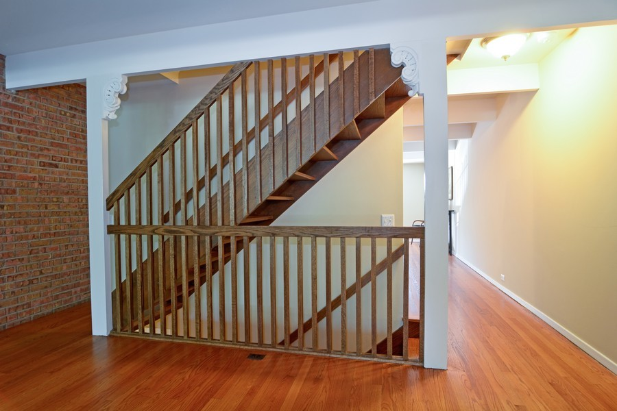 Real Estate Photography - 442 Lageschulte, Barrington, IL, 60010 - Staircase