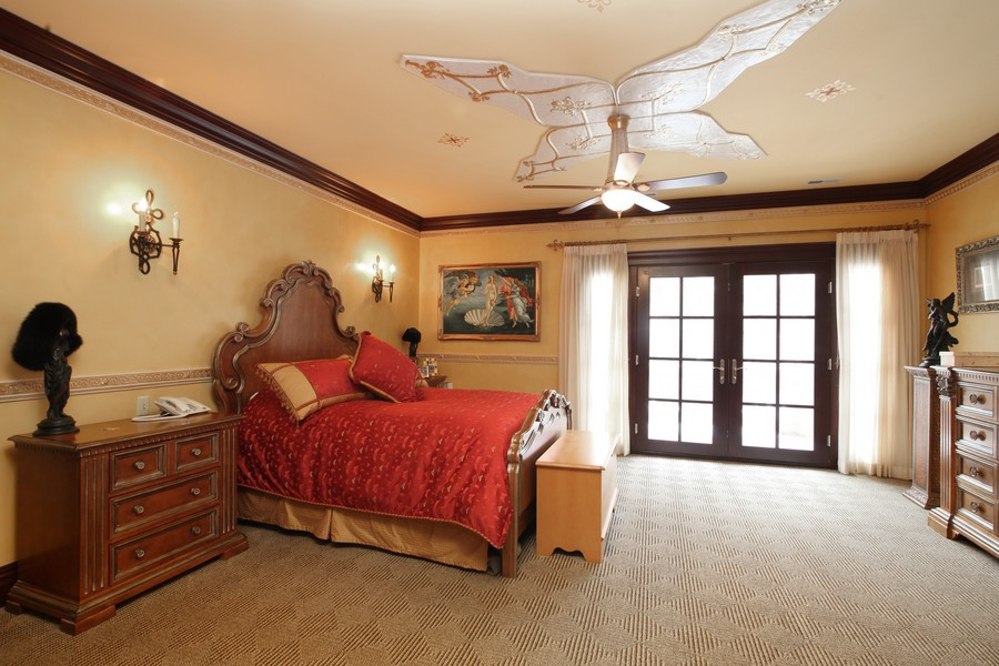 Real Estate Photography - 11315 W 77 Street, Burr Ridge, IL, 60527 - 2nd Bedroom