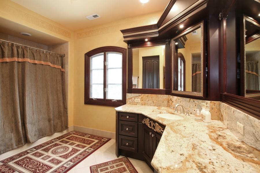 Real Estate Photography - 11315 W 77 Street, Burr Ridge, IL, 60527 - Bathroom