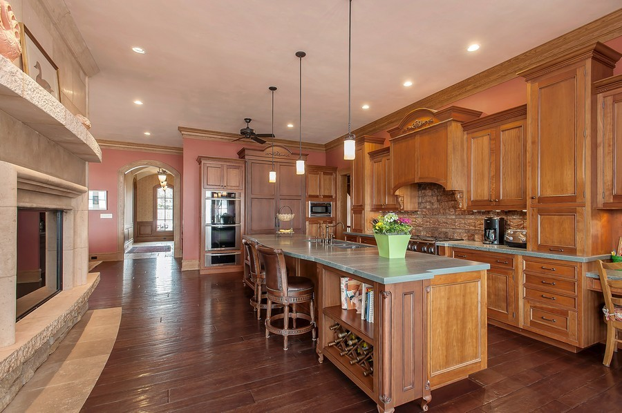 Real Estate Photography - 691 Sheridan Road, Winnetka, IL, 60093 - Kitchen