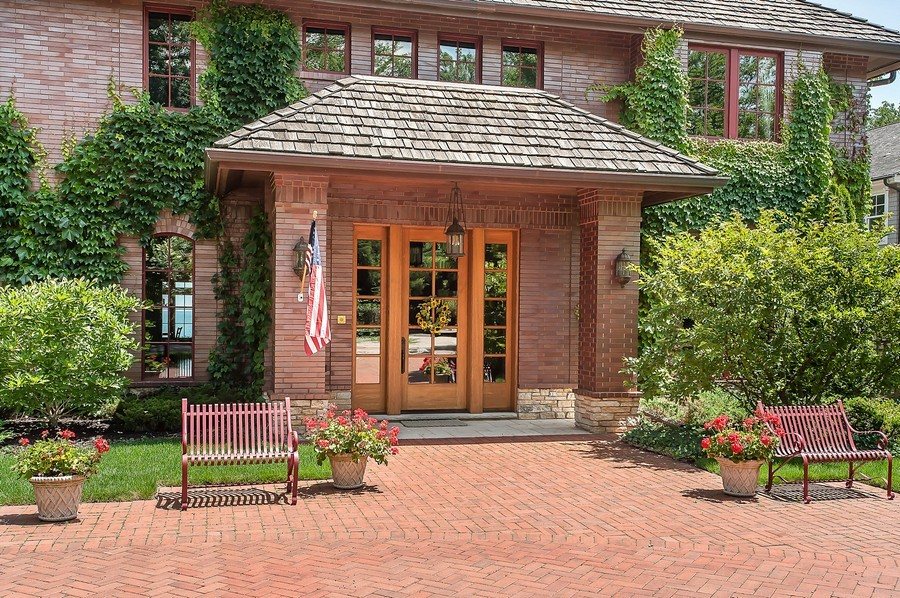 Real Estate Photography - 691 Sheridan Road, Winnetka, IL, 60093 - Entrance