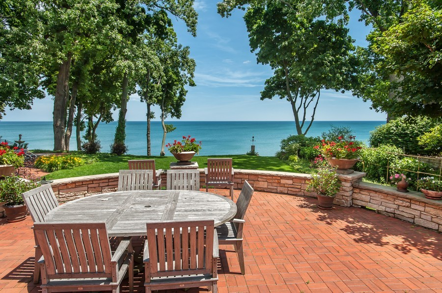 Real Estate Photography - 691 Sheridan Road, Winnetka, IL, 60093 - Patio