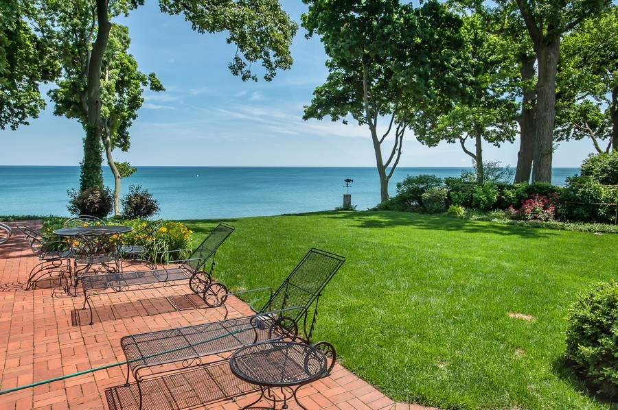 Real Estate Photography - 691 Sheridan Road, Winnetka, IL, 60093 - Lake View