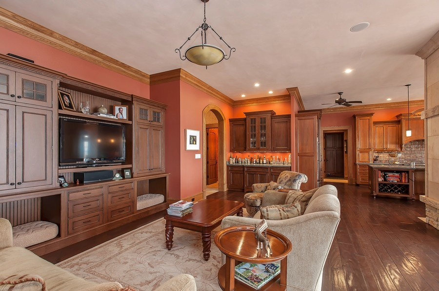 Real Estate Photography - 691 Sheridan Road, Winnetka, IL, 60093 - Family Room / Kitchen