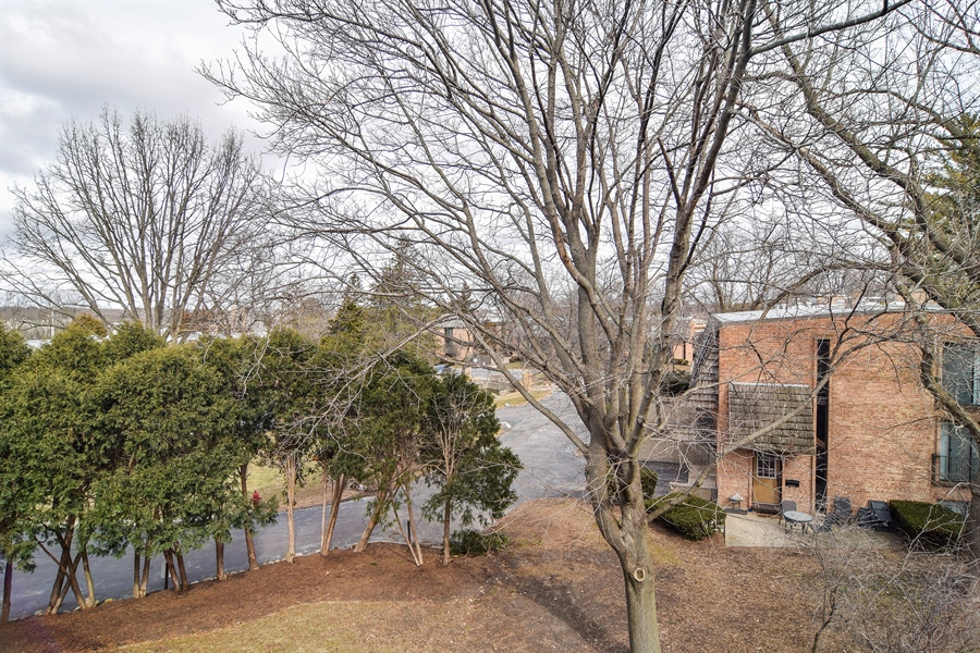 Real Estate Photography - 600 W. Russell St., 304, Barrington, IL, 60010 - View