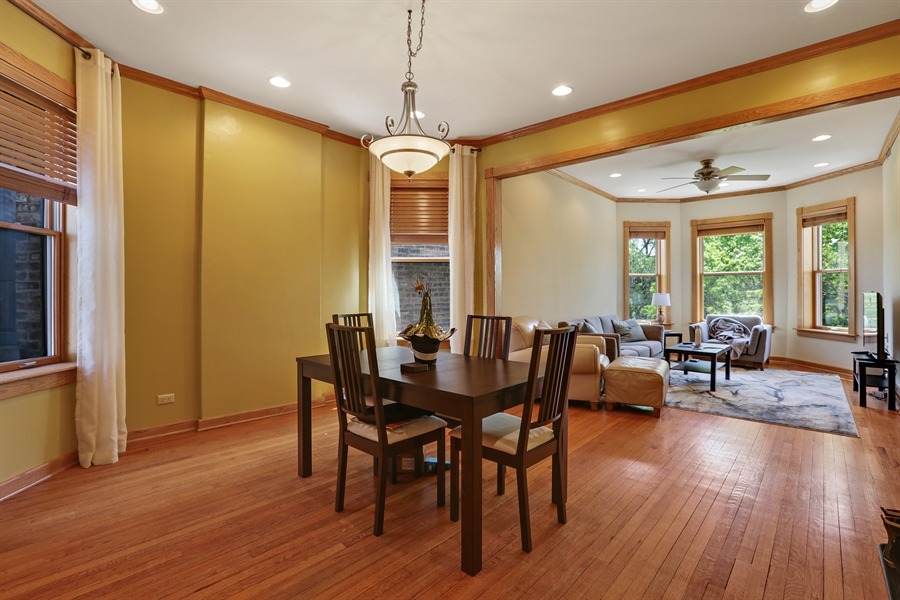 Real Estate Photography - 1310 W. Cornelia, Chicago, IL, 60657 - 3rd flr Dining rm