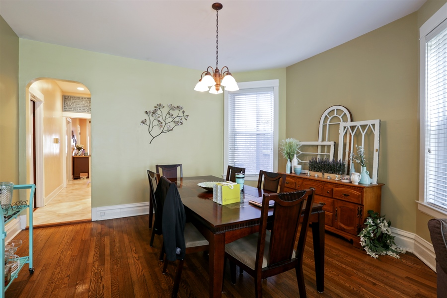 Real Estate Photography - 1310 W. Cornelia, Chicago, IL, 60657 - Dining Room