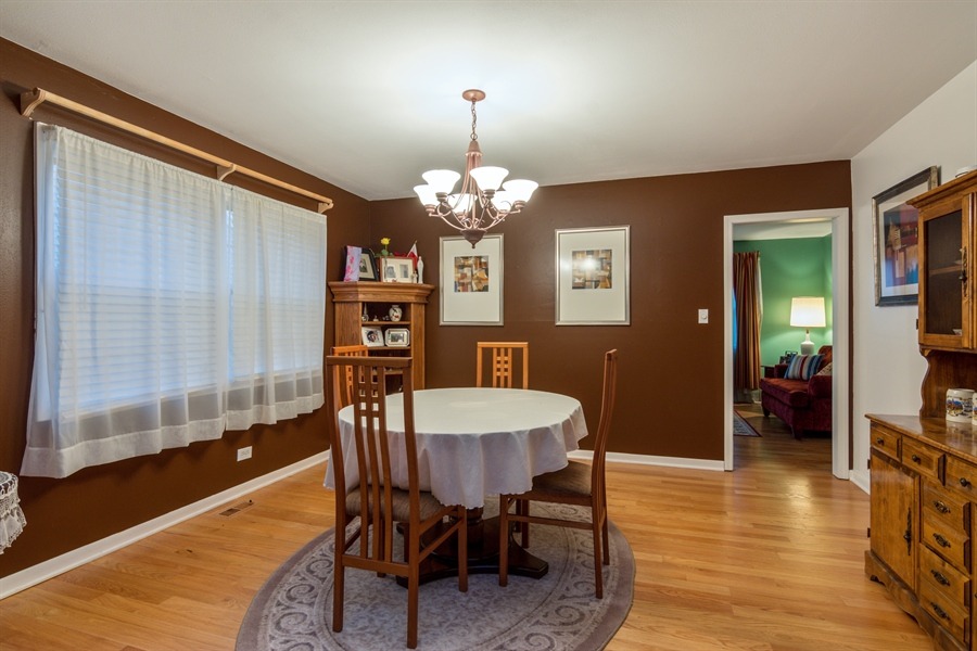Real Estate Photography - 30 Timber Hill Road, Buffalo Grove, IL, 60089 - Dining Room