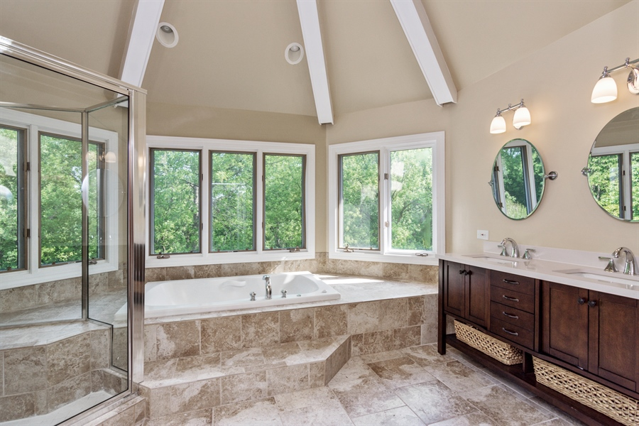 Real Estate Photography - 1040 West Bombay Way, Palatine, IL, 60067 - Master Bathroom