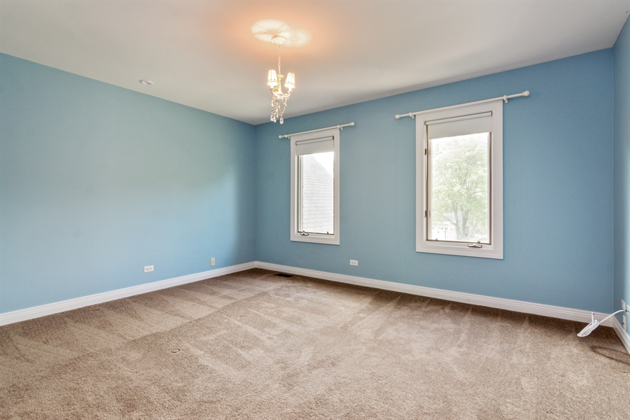Real Estate Photography - 1040 West Bombay Way, Palatine, IL, 60067 - 2nd Bedroom