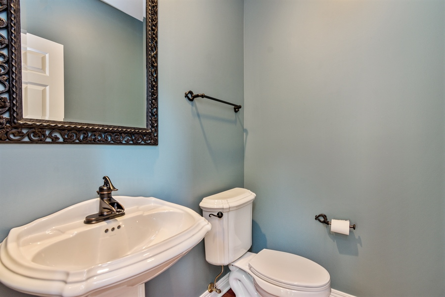 Real Estate Photography - 1040 West Bombay Way, Palatine, IL, 60067 - Powder Room