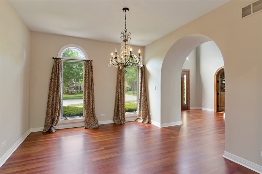 Real Estate Photography - 1040 West Bombay Way, Palatine, IL, 60067 - Dining Room