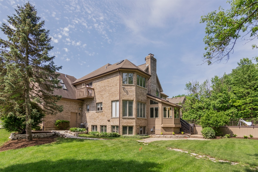 Real Estate Photography - 1040 West Bombay Way, Palatine, IL, 60067 - Rear View