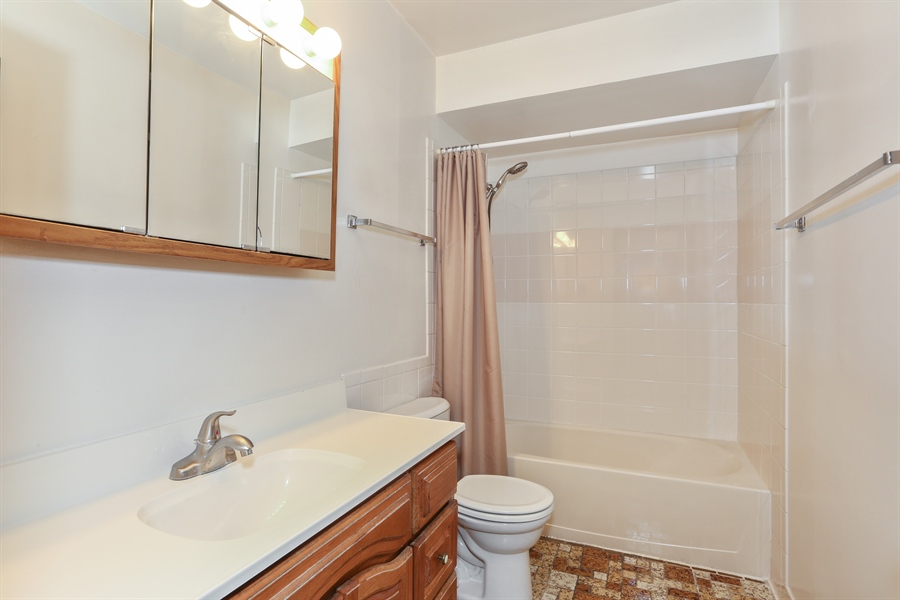 Real Estate Photography - 648 Pasadena, Beecher, IL, 60401 - 2nd Bathroom