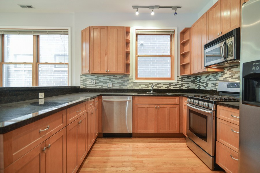 Real Estate Photography - 1942 N Francisco, Unit 2S, Chicago, IL, 60647 - Kitchen