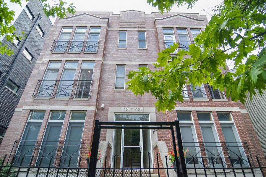 Real Estate Photography - 1942 N Francisco, Unit 2S, Chicago, IL, 60647 - Front View