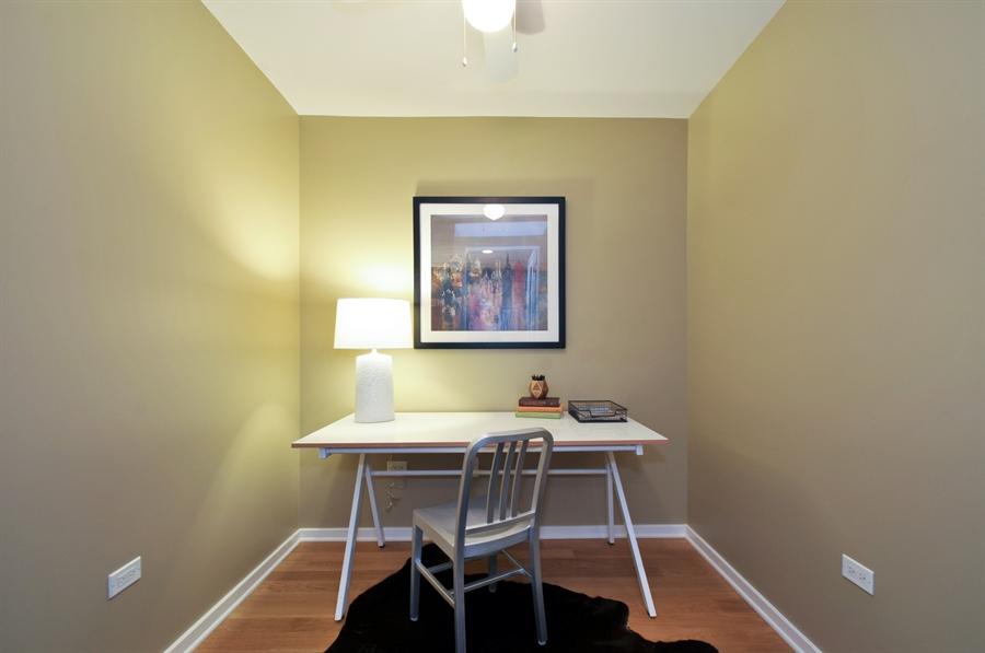 Real Estate Photography - 240 E Illinois St, Unit 2107, Chicago, IL, 60611 - Office