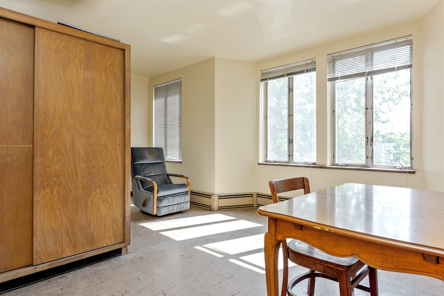 Real Estate Photography - 5526 N Magnolia, 1, Chicago, IL, 60640 - 4th Bedroom