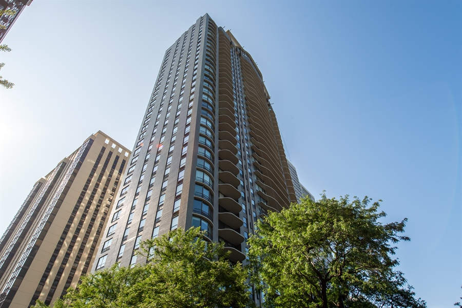 Real Estate Photography - 1040 N. Lake Shore Drive, 36BC, Chicago, IL, 60611 - Front View