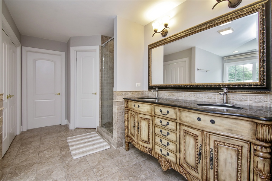Real Estate Photography - 810 N Maple, Prospect Heights, IL, 60070 - Master Bathroom