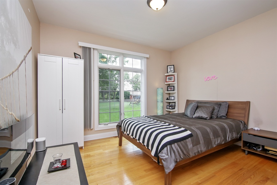 Real Estate Photography - 810 N Maple, Prospect Heights, IL, 60070 - Guest Bedroom