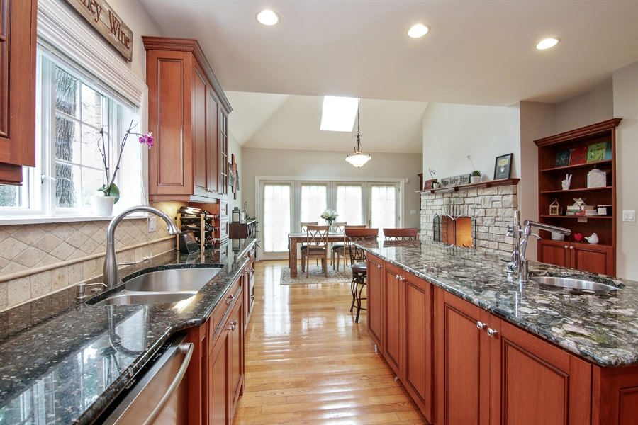 Real Estate Photography - 810 N Maple, Prospect Heights, IL, 60070 - Kitchen / Breakfast Room