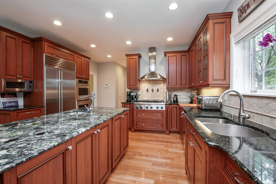 Real Estate Photography - 810 N Maple, Prospect Heights, IL, 60070 - Kitchen