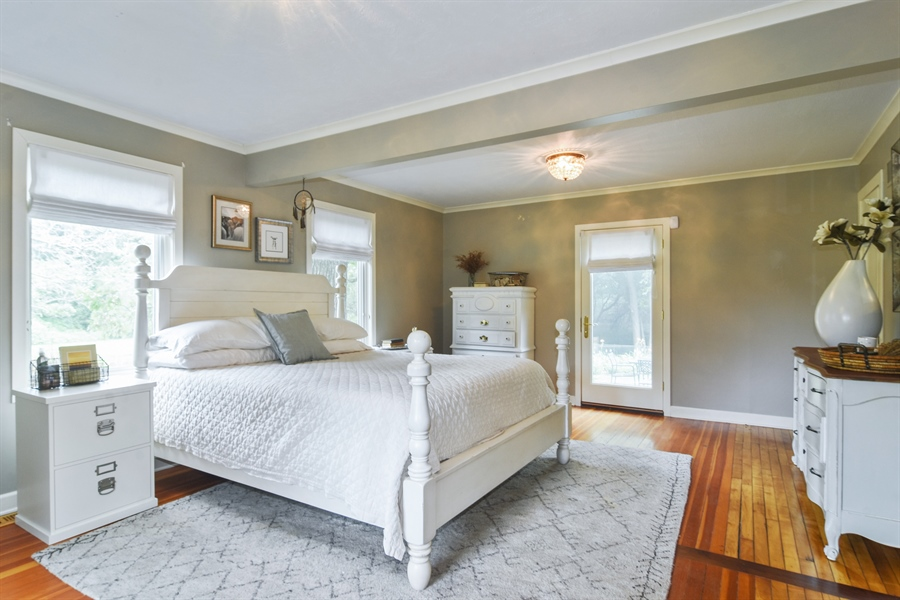 Real Estate Photography - 74 Meadow Hill Rd, Barrington Hills, IL, 60010 - Master Bedroom