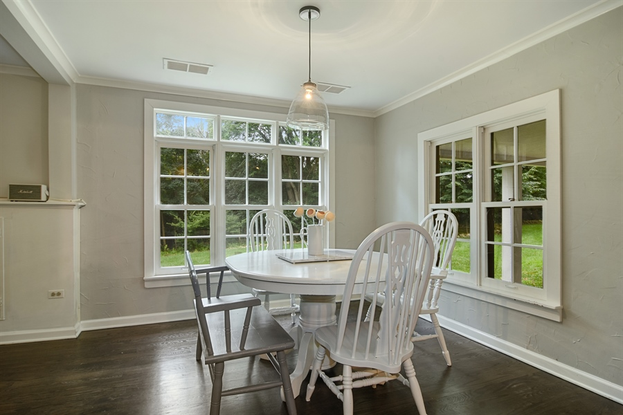 Real Estate Photography - 74 Meadow Hill Rd, Barrington Hills, IL, 60010 - Dining Room