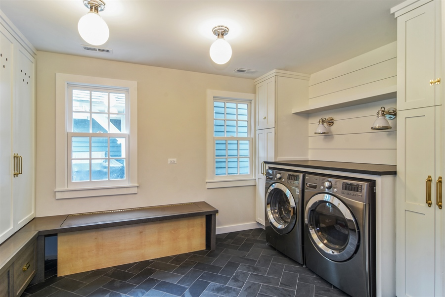 Real Estate Photography - 74 Meadow Hill Rd, Barrington Hills, IL, 60010 - Laundry Room