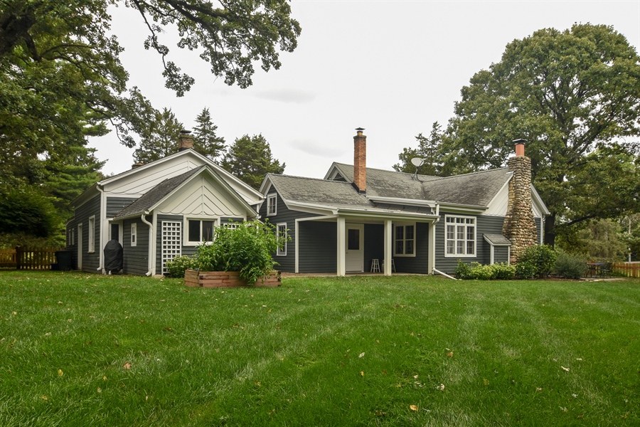 Real Estate Photography - 74 Meadow Hill Rd, Barrington Hills, IL, 60010 - Side View