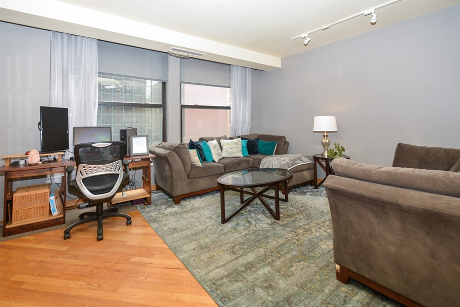 Real Estate Photography - 431 S Dearborn, 501, Chicago, IL, 60605 - Living Room