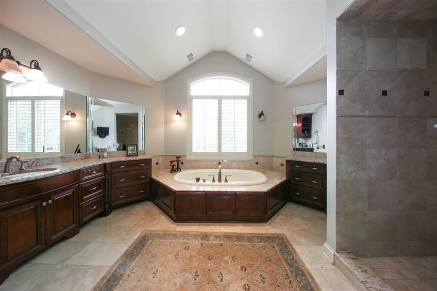Real Estate Photography - 20021 Alison Trl, Mokena, IL, 60448 - Master Bathroom