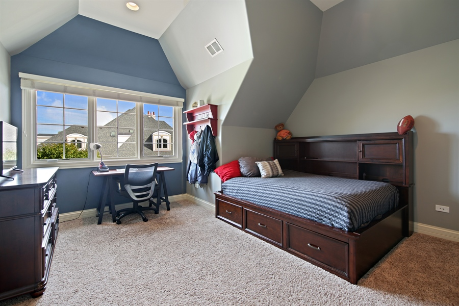 Real Estate Photography - 20021 Alison Trl, Mokena, IL, 60448 - 2nd Bedroom