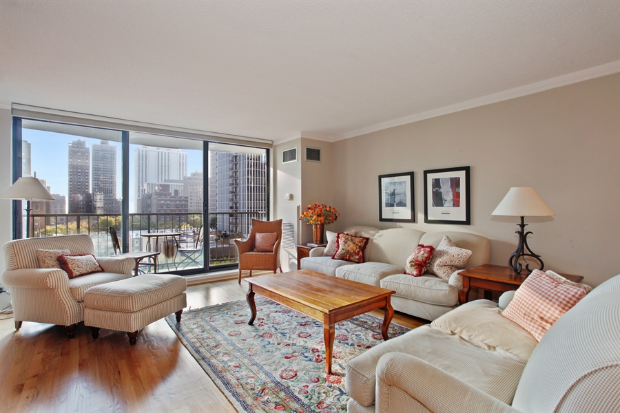 Real Estate Photography - 1250 Dearborn, 7A, Chicago, IL, 60610 - Living Room