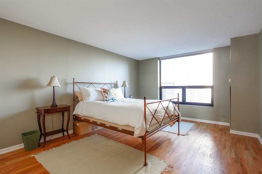 Real Estate Photography - 1250 Dearborn, 7A, Chicago, IL, 60610 - Master Bedroom