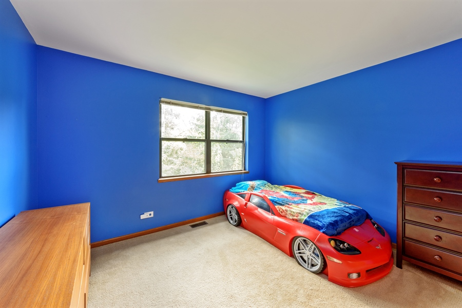 Real Estate Photography - 725 Chestnut, Bartlett, IL, 60103 - 2nd Bedroom