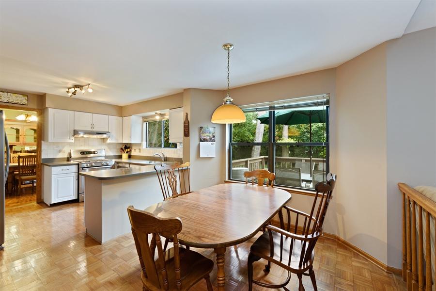 Real Estate Photography - 725 Chestnut, Bartlett, IL, 60103 - Kitchen / Breakfast Room