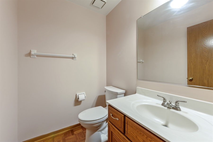 Real Estate Photography - 725 Chestnut, Bartlett, IL, 60103 - Powder Room