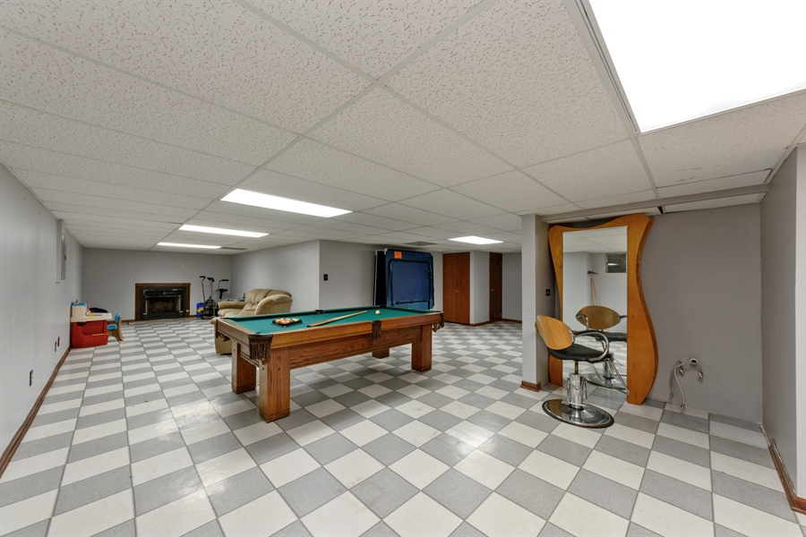 Real Estate Photography - 725 Chestnut, Bartlett, IL, 60103 - Basement