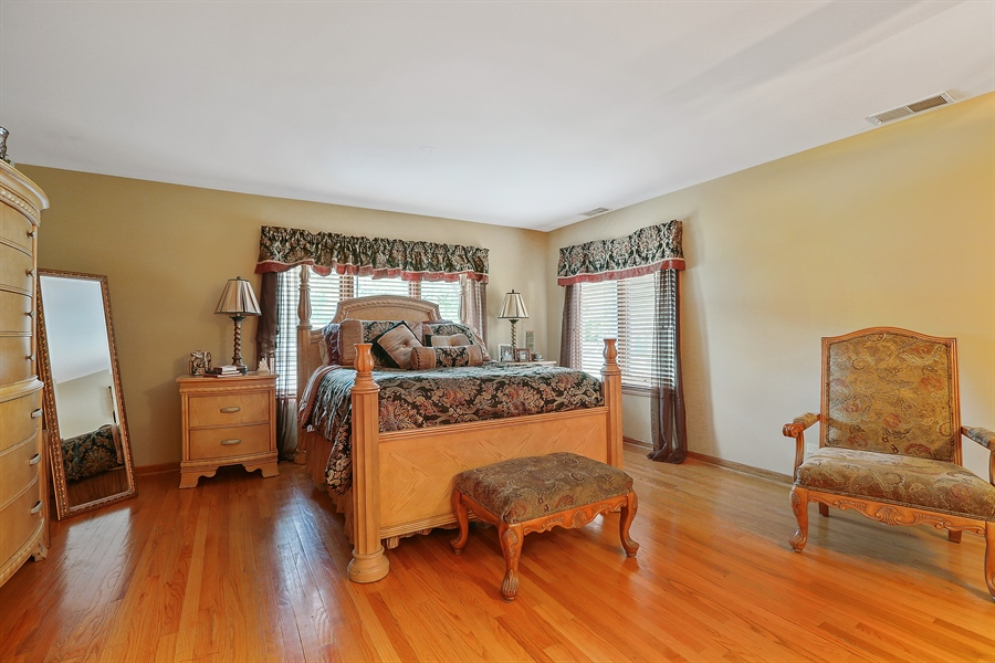 Real Estate Photography - 22W531 Balsam, Glen Ellyn, IL, 60137 - Master Bedroom