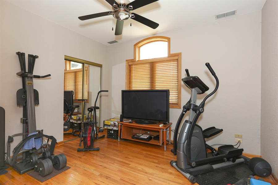 Real Estate Photography - 22W531 Balsam, Glen Ellyn, IL, 60137 - 2nd Bedroom